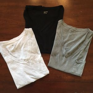 Madewell v-neck pocket t size s